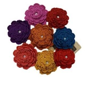 Flower Crochet Hairclip : The Red Thread Movement $5.00