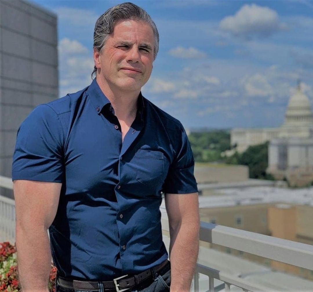 """Tom """"THE BICEPS"""" Fitton to DC Judicial review board (judicialwatch.org)"""