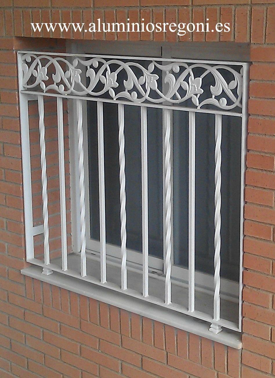 Reja de hierro pinteres for Ver disenos de puertas de fierro