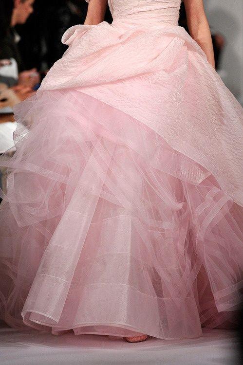 Oscar de la Renta pink gown