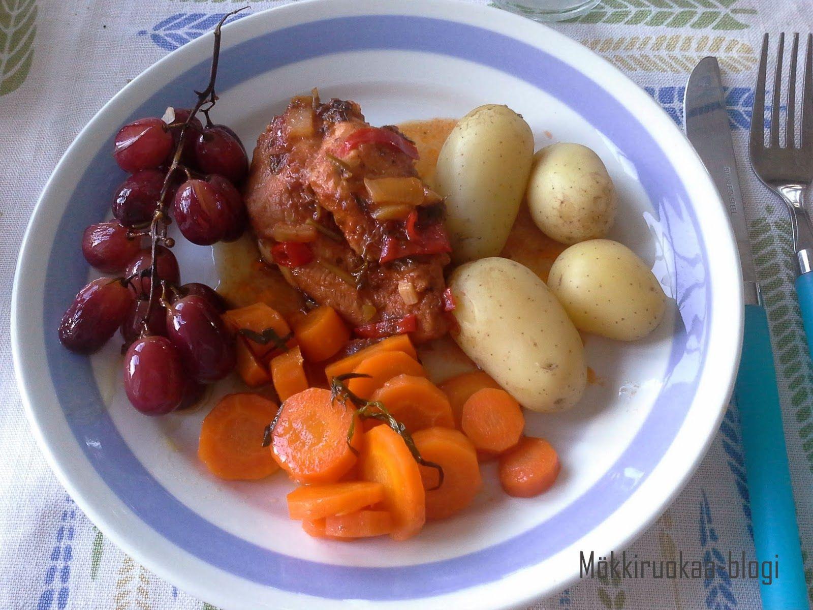 Huvilaelämää ja mökkiruokaa: Hitaasti haudutettu kana maustekastikkeessa