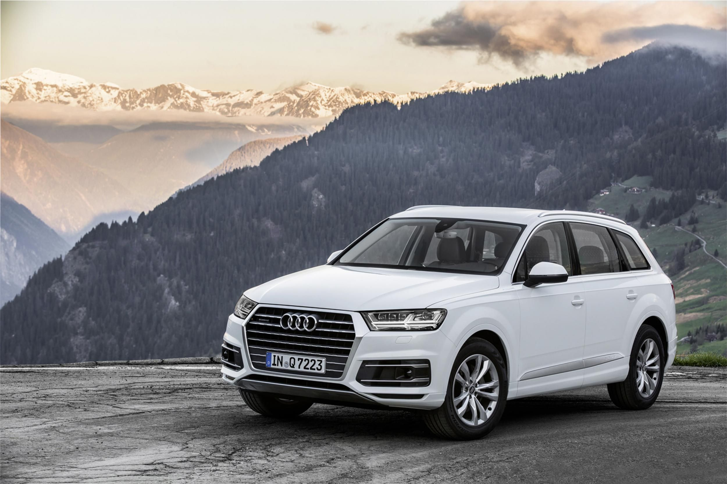 White 2017 Audi Q7 Wallpaper Audi Pinterest Audi Q7 Audi And