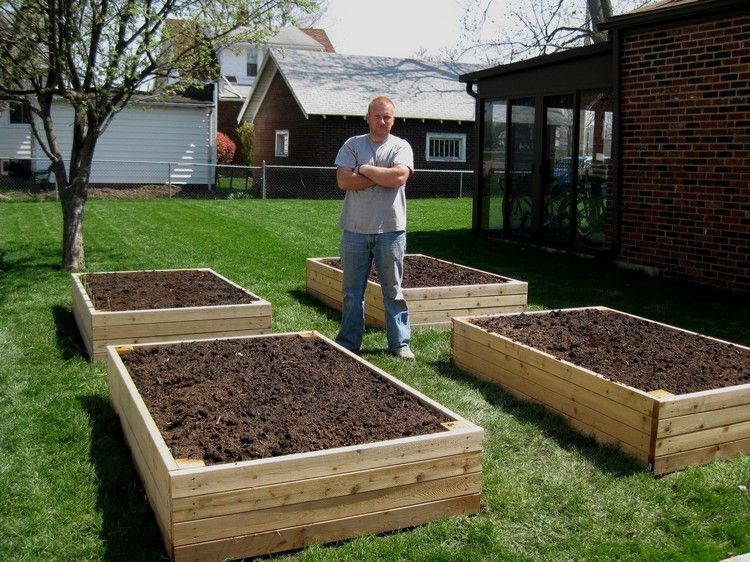 Pallet-Backyard-Garden-Bed-Idea.jpg 750×562 pixels ...