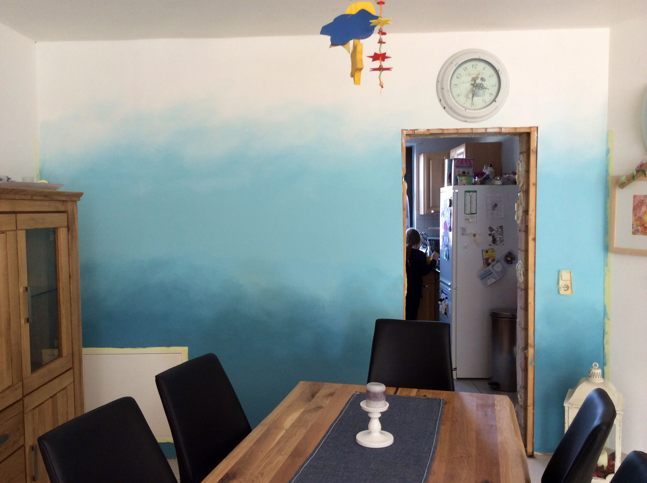 My first attempt at an #Ombre wall
