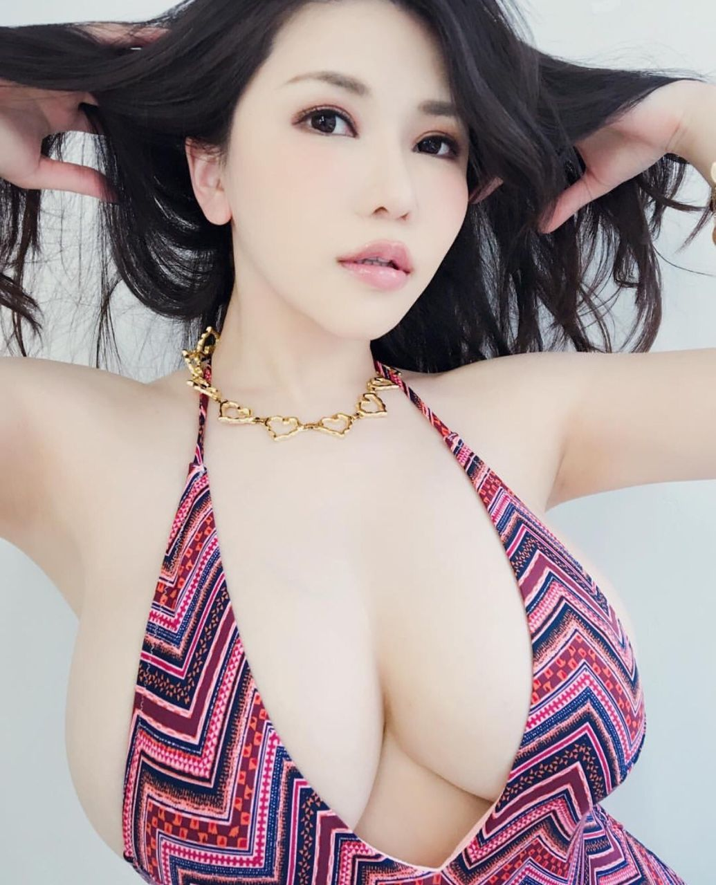 image Big titty babe hitomi aizawa toys her furry muff with a vib
