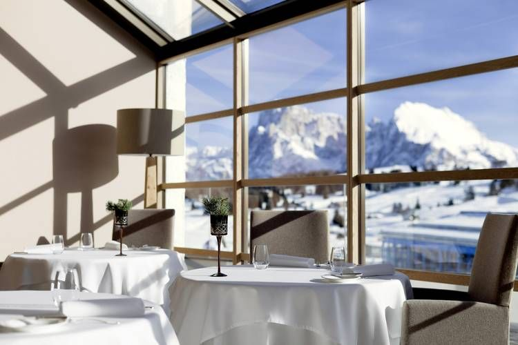 Alpina Dolomites - breakfast with a view