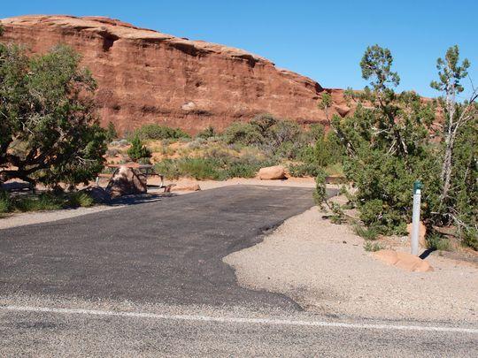 Photo 027 Devils Garden Campground Devils Garden 400 x 300