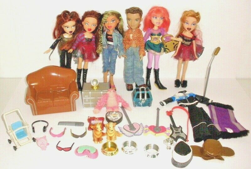 Details About 6 Mga Bratz Dolls With Clothing And Accessories