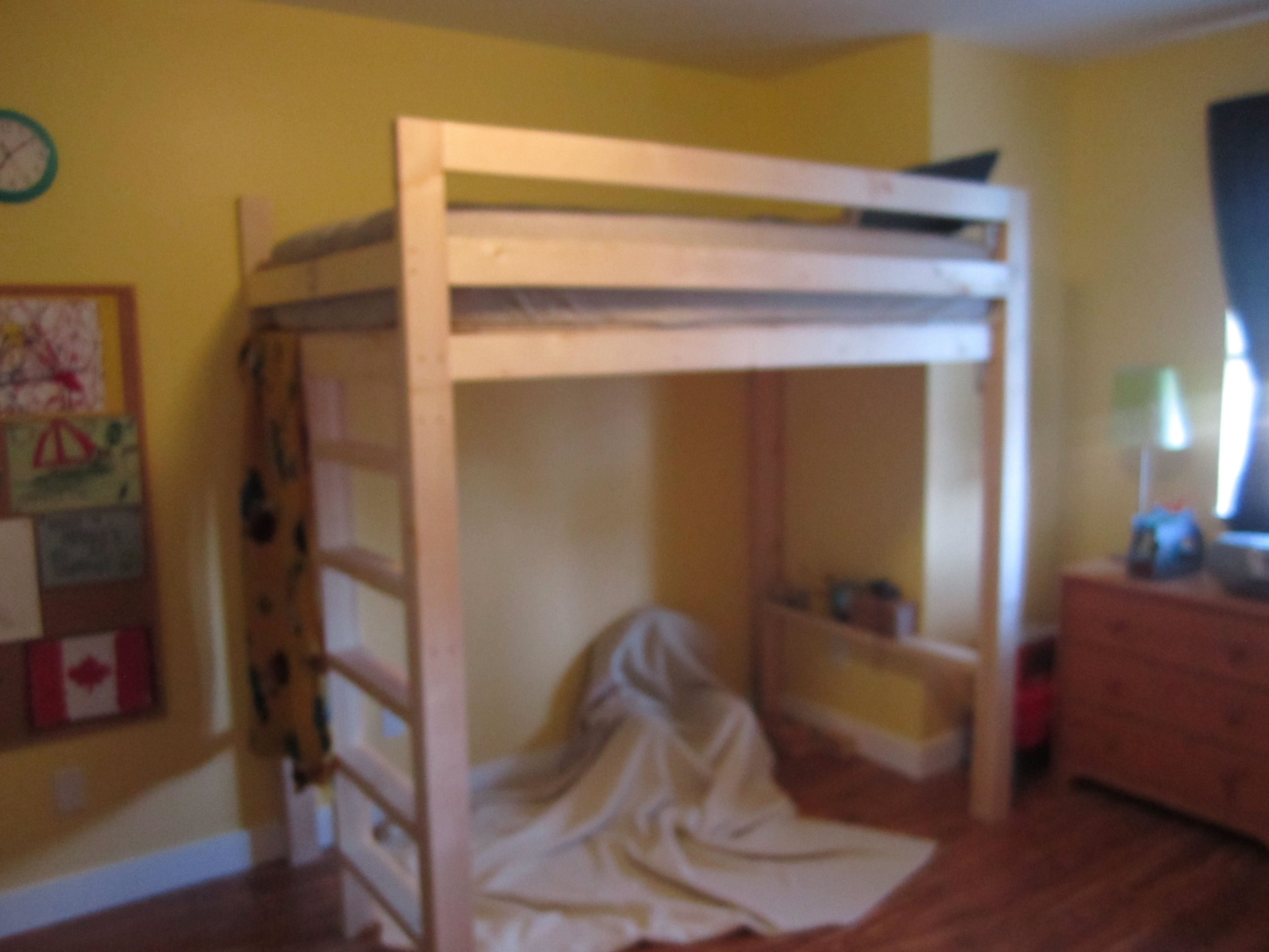 Loft bed with desk  x loft bedwhen the kids get older a desk area or couch can go