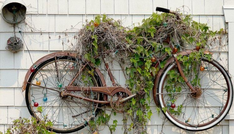 Vélo déco jardin en 20 idées à copier de toute urgence!
