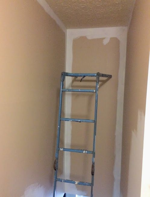 How To Paint A Tall Hallway Above Stairs Decorating Stairway Walls Diy Stairs Decor