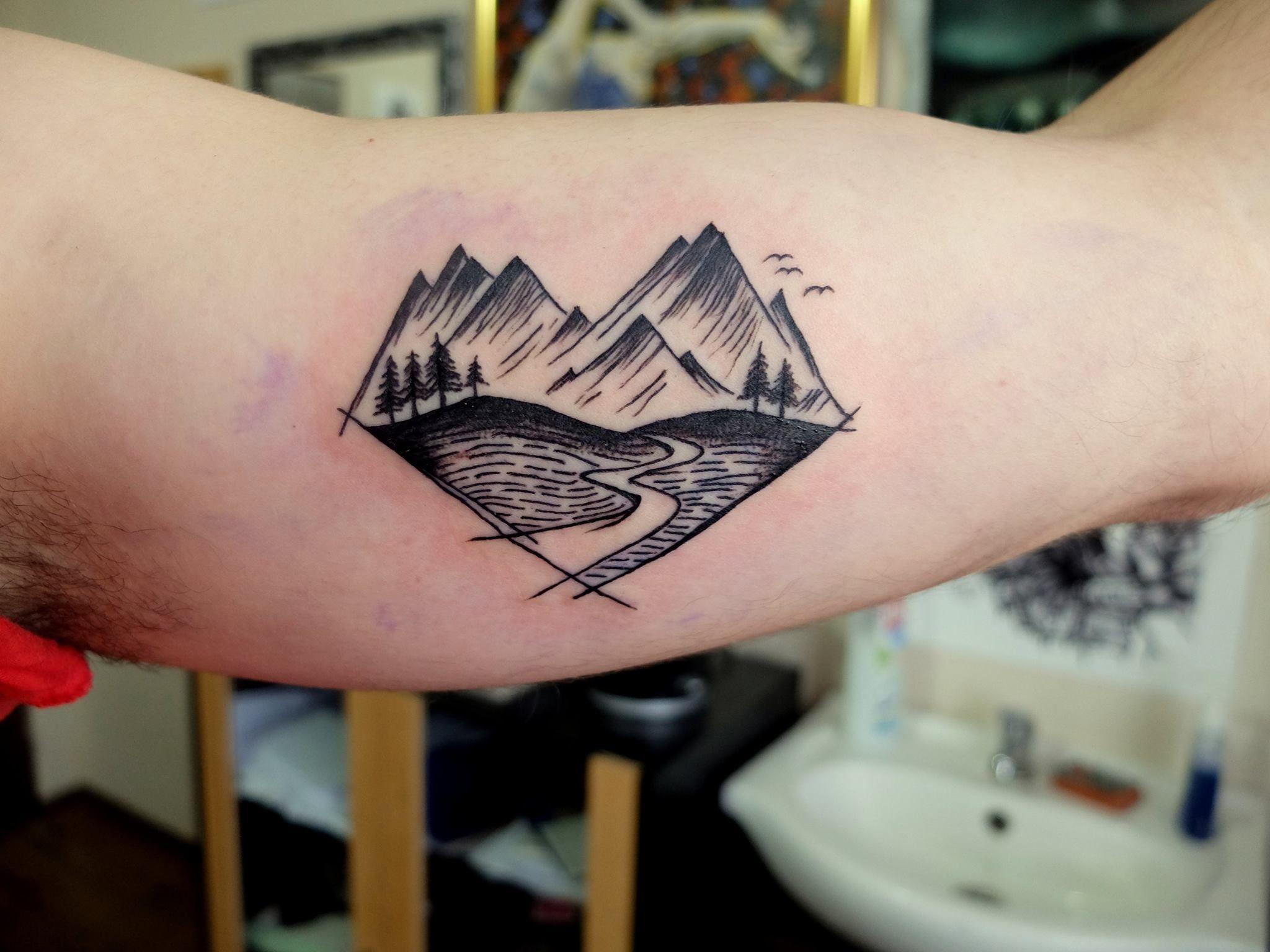 Mountains on my inner biceps artist Ľuboš Leščák Prešov Slovakia ... - Bizeps Tattoo
