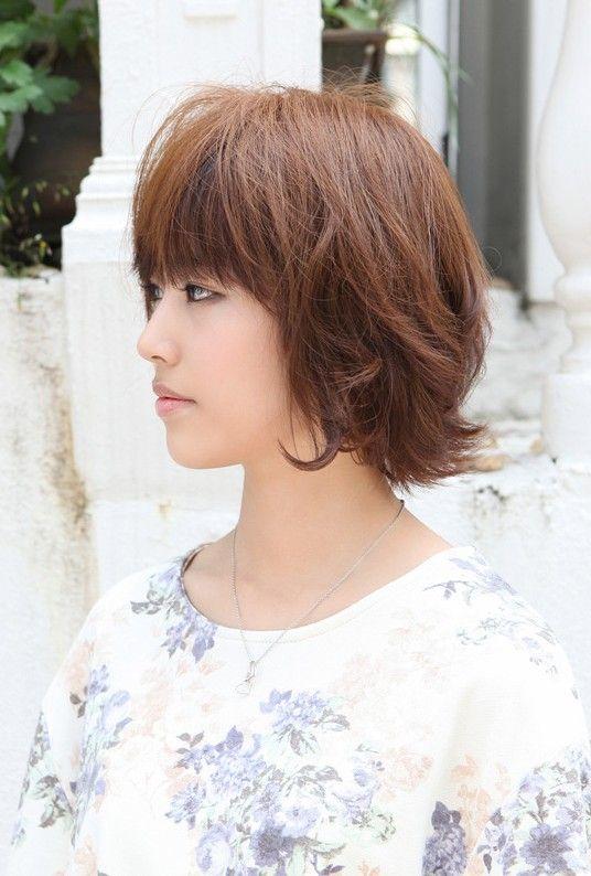 asian hairstyles: soft & casual wavy brown bob haircut | asian
