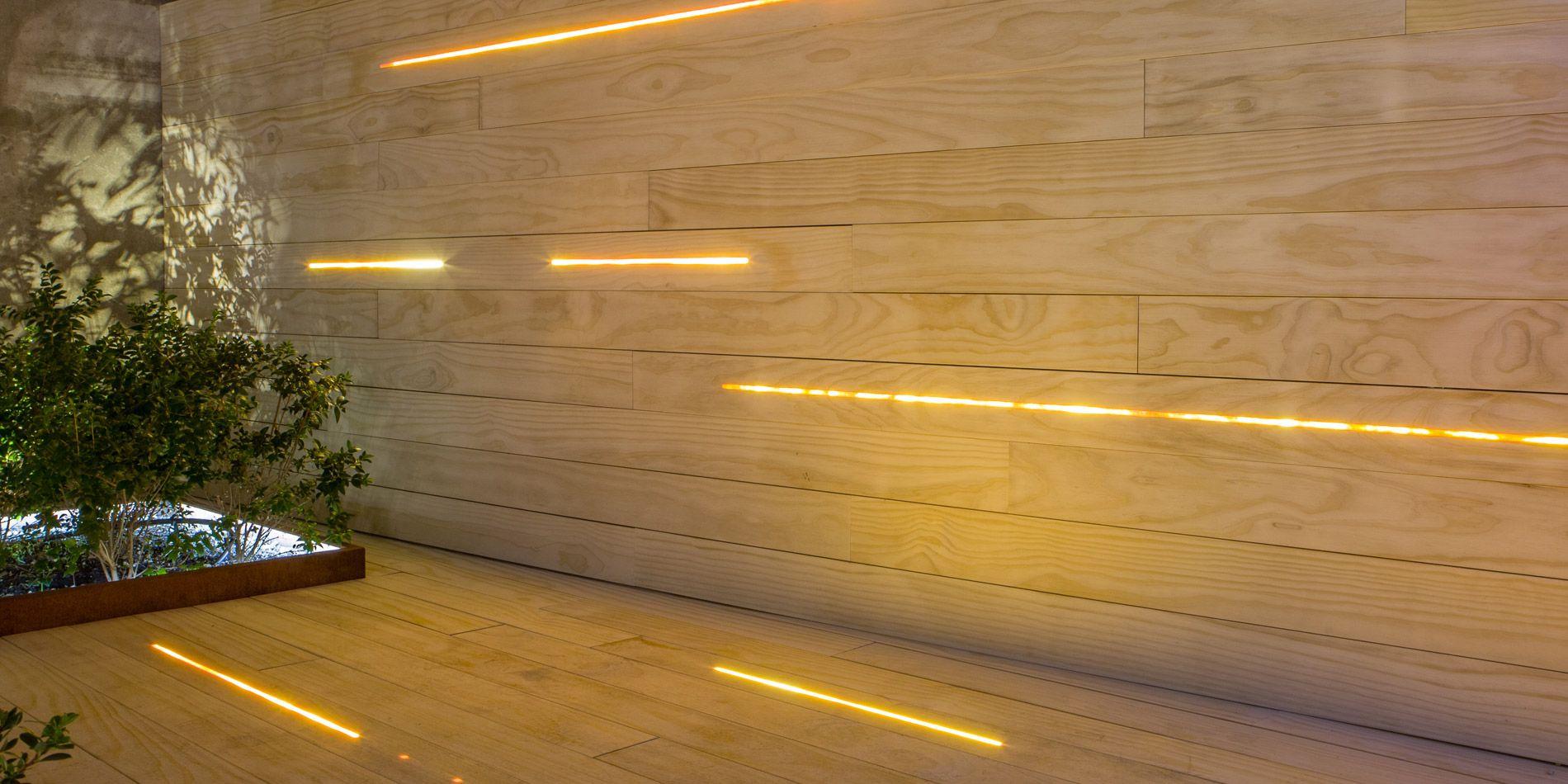 Accoya Terrasse Und Fassade Mit Integrierter Led Beleuchtung Fassadenbeleuchtung Beleuchtung Lichtdesign