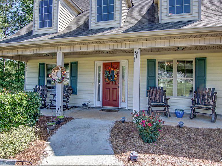 486 Sara Hunter Ln Nw Milledgeville Ga 31061 Mls 6564478 Zillow Milledgeville Zillow Real Estate