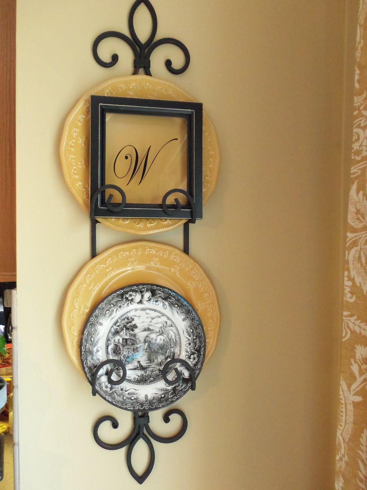 Kitchen Wall Plate Holder