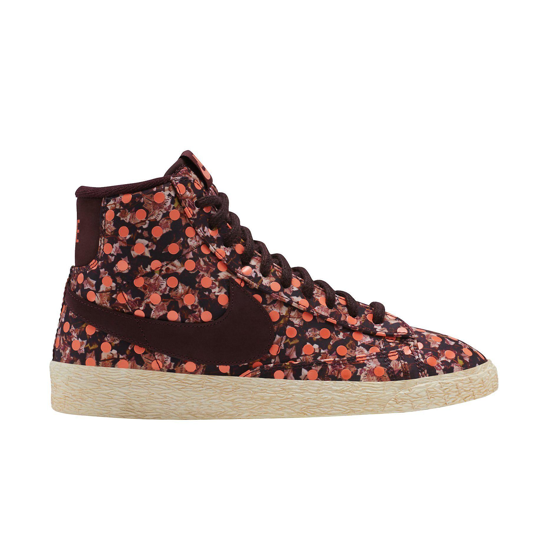 Femmes Nike Blazer De Liberté Mi Cru Chaussure grosses soldes classique jeu à vendre réduction fiable LrnO8I