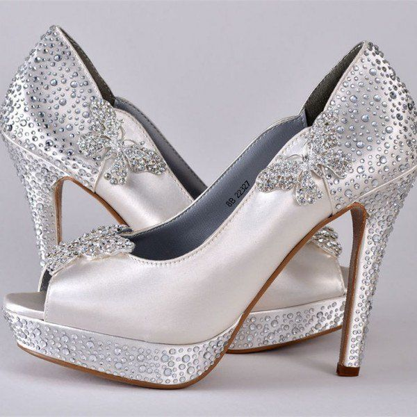 Women s Style Pumps and D orsay Heels Silver Satin Bridal Heels Peep Toe  Rhinestone Platform Stiletto Heels Pumps for Wedding Chic Fashion Prom  Dresses ... 2c6e8e49f419