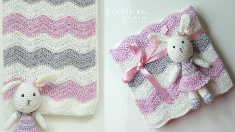 Blanket handmade in crochet with waves pattern. Crocheted bunny in ...