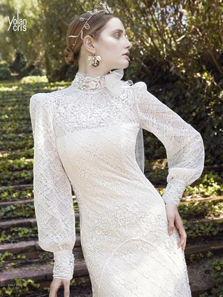 romantic long sleeve wedding dress