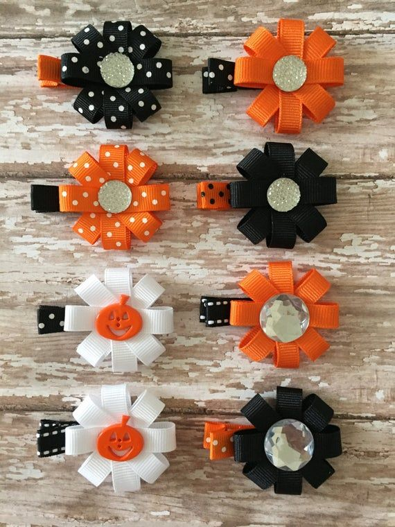 Halloween Baby Barrettes - Halloween Baby Hair Clips - Halloween Girls Hair Clip - Party Favors - Halloween Hair Bow - Halloween Baby Bows