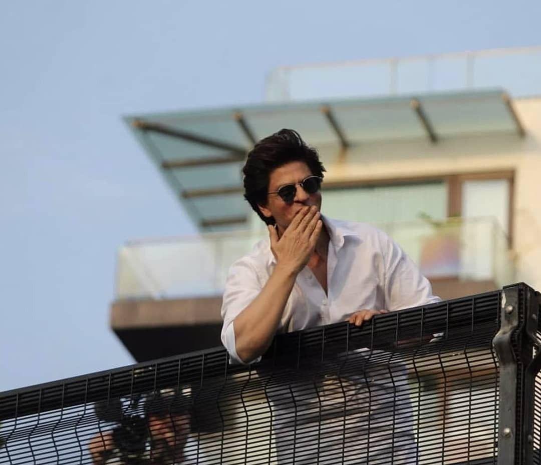 Idea By ꌚꍏꀘꌚꀍꀤ 🐰^_^ On SRK