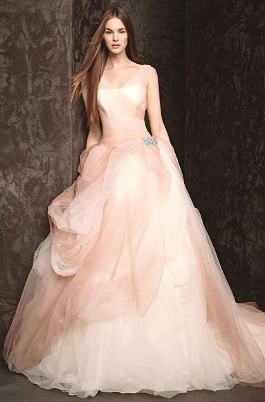 Ubetts Rental Design Vera Wang Blush Wedding Dress Wedding