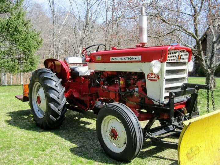 International 240 Utility Tractor : Ih utility farmall pinterest and tractor