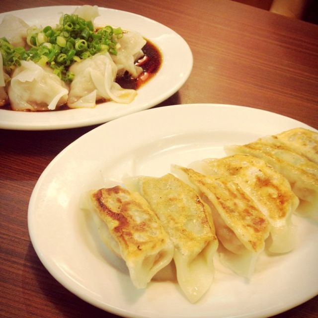 Though I don't eat pork... but my colleagues said it's good! Dumplings and wanton! ;D
