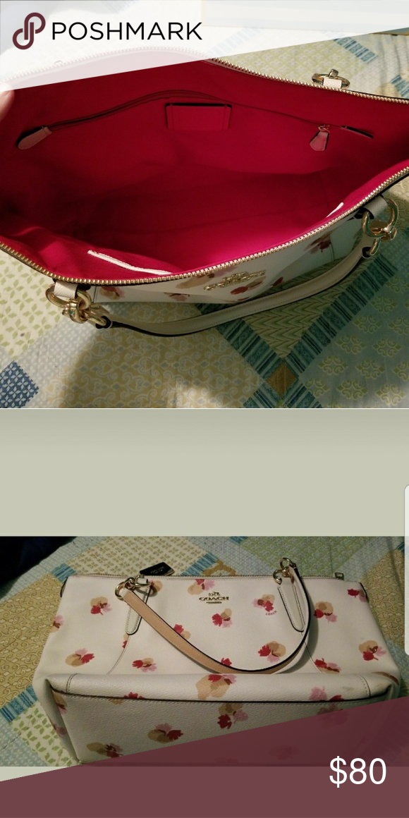 Authentic Coach Purse White With Red Tan And Pink Flowers Red