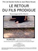 CINE(EDU)-398. Humillados. Dir. Danièle Huillet, Jean-Marie Straub. Italia, 2003. Drama. Na Italia da posguerra, un grupo de xente que perdeu todo durante o conflito, sobrevive nun pobo en ruínas. Tratan de levantar a cidade das ruínas e reiniciar a súa vida. Oscilando entre o respecto e a sospeita, a coexistencia entre os membros do grupo é tensa.  http://kmelot.biblioteca.udc.es/record=b1468484~S1*gag