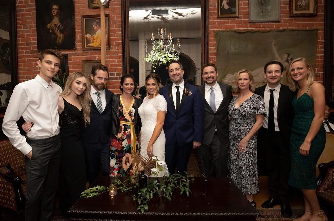 Danielle Fishel Wedding.2018 Sabrina Carpenter In Group Photo At The Danielle Fishel And