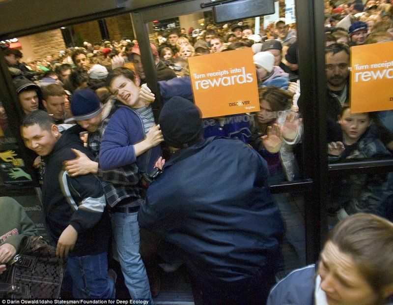 The beginning of Black Friday at an electronics store in Boise, Idaho