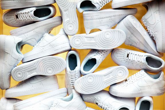 nike-air-force-1-xxx-the-pivot-point-30th-anniversary-pop-up-store-4.jpeg