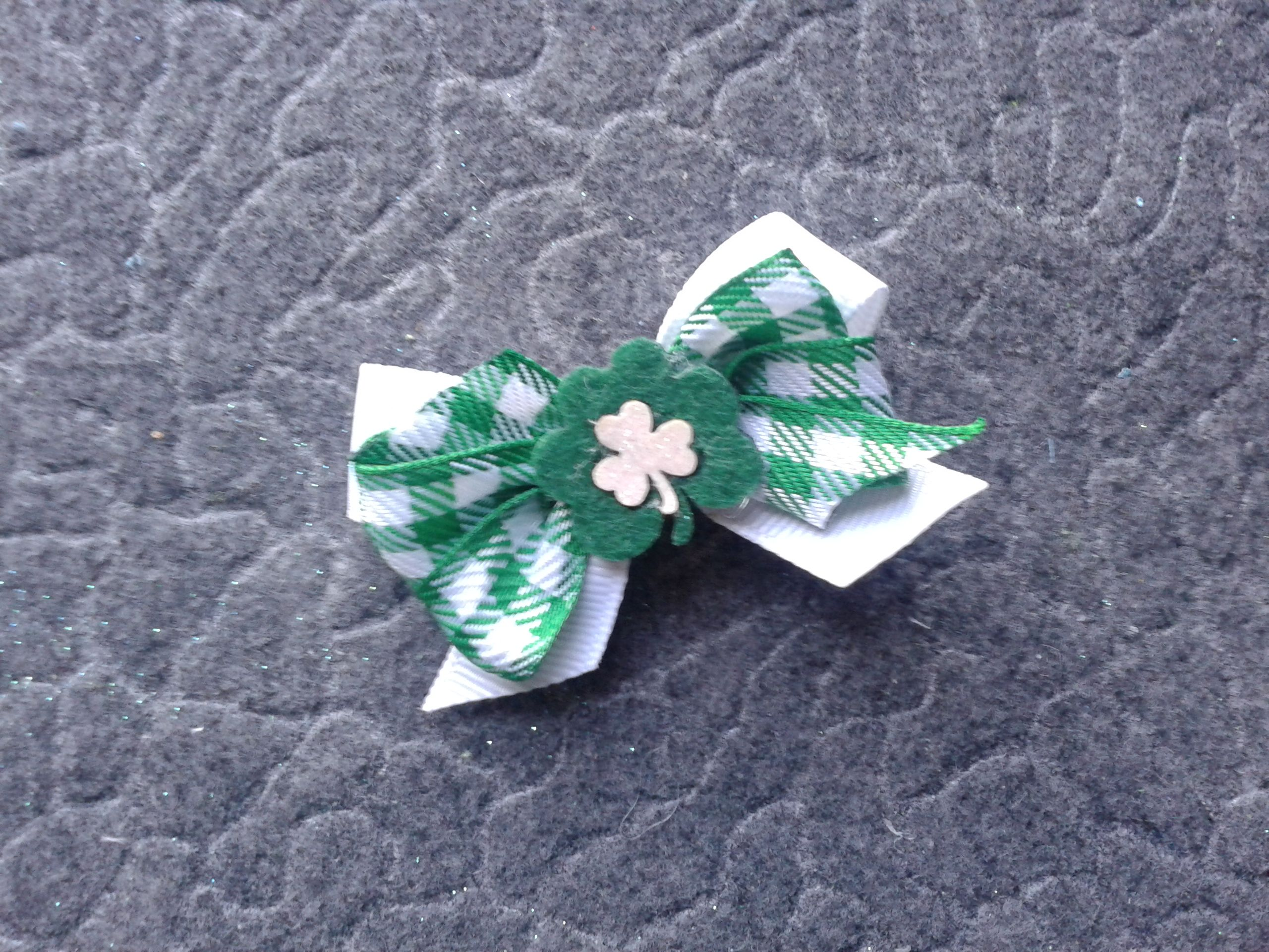 St Patrick's day bow!  #cofbeads