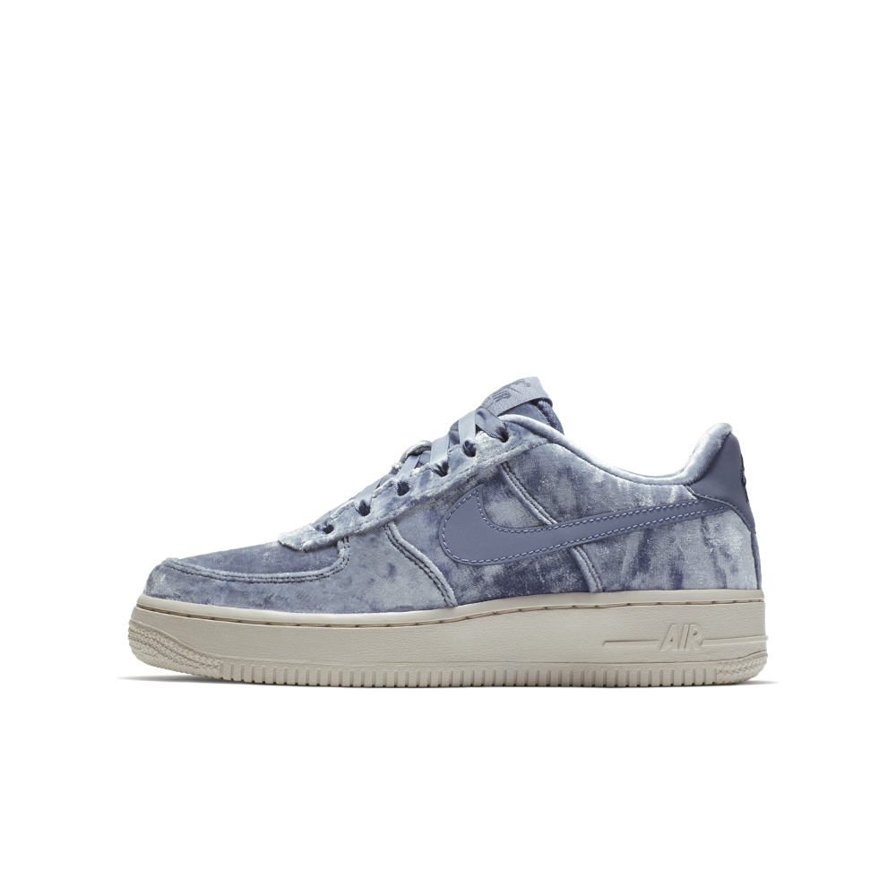 super popular bdb1a 0ddfe Nike Air Force 1 LV8 Big Kids  Velvet Shoe Size 5.5Y (Blue)