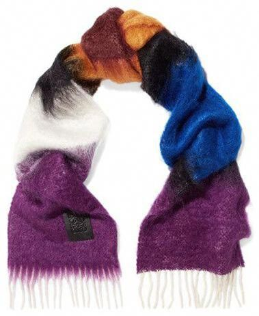 A New Yorker S Winter Survival Guide With Images Wool Blend Chic Scarves Scarf
