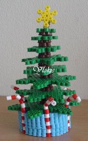 3d Christmas Tree Hama Perler Beads By Vlokje Strijkkralen Kerst Knutselen Creatief