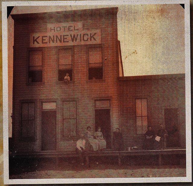 Early Pic Of Kennewick Hotel Wa