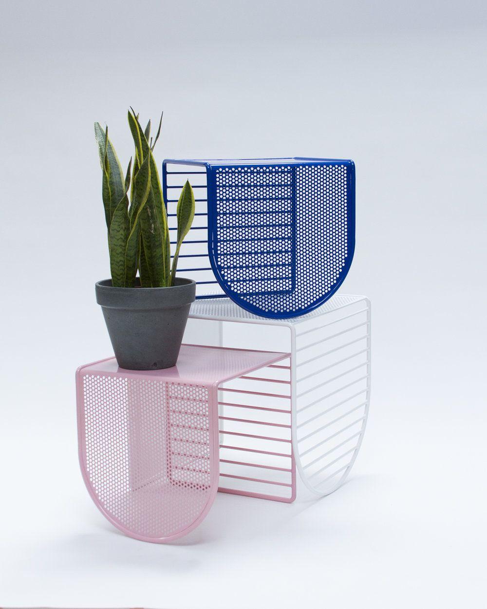 Pop Perf Small Nesting Table Eric Trine Mobilier De Salon New Yorkaise [ 1250 x 1000 Pixel ]