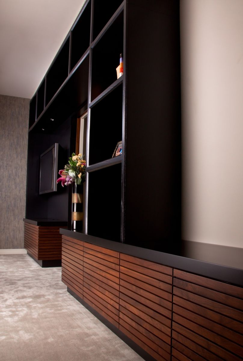 c67e431e0c45e5 Modern floor-to-ceiling entertainment center w/ shelves & storage ...