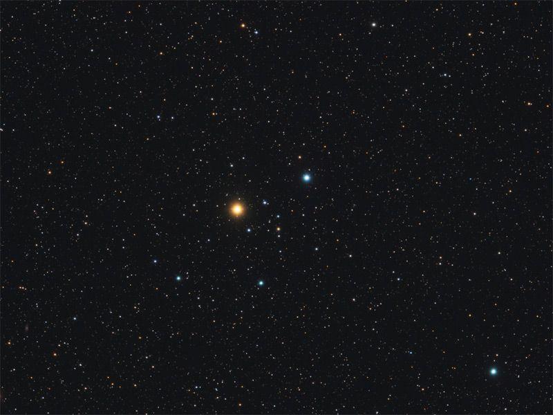 Cúmulo Stephenson 1 (Delta Lyr Cluster) .Es un cúmulo abierto en la constelación Lyra.