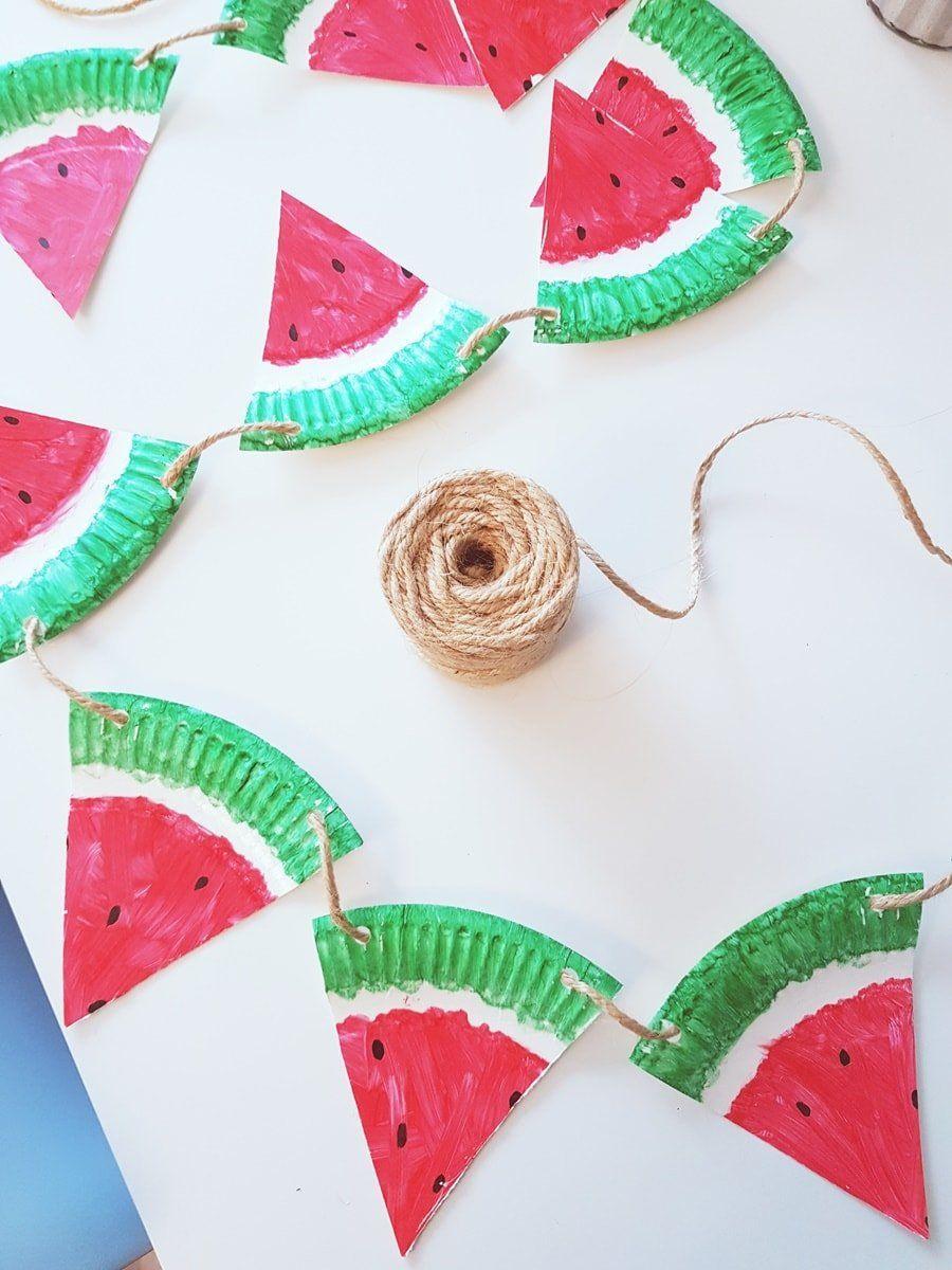 Pappteller Bastelidee im Sommer: Fruchtige Melonen Girlande