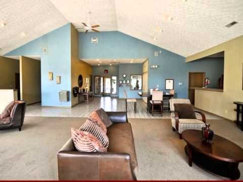 Crystal Lake Apartment Community In Hilliard Oh Apartment Communities Apartment Home