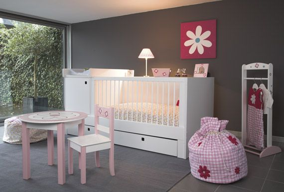 Murs gris, déco fushia | Chambre Bébé | Pinterest | Chambres roses ...