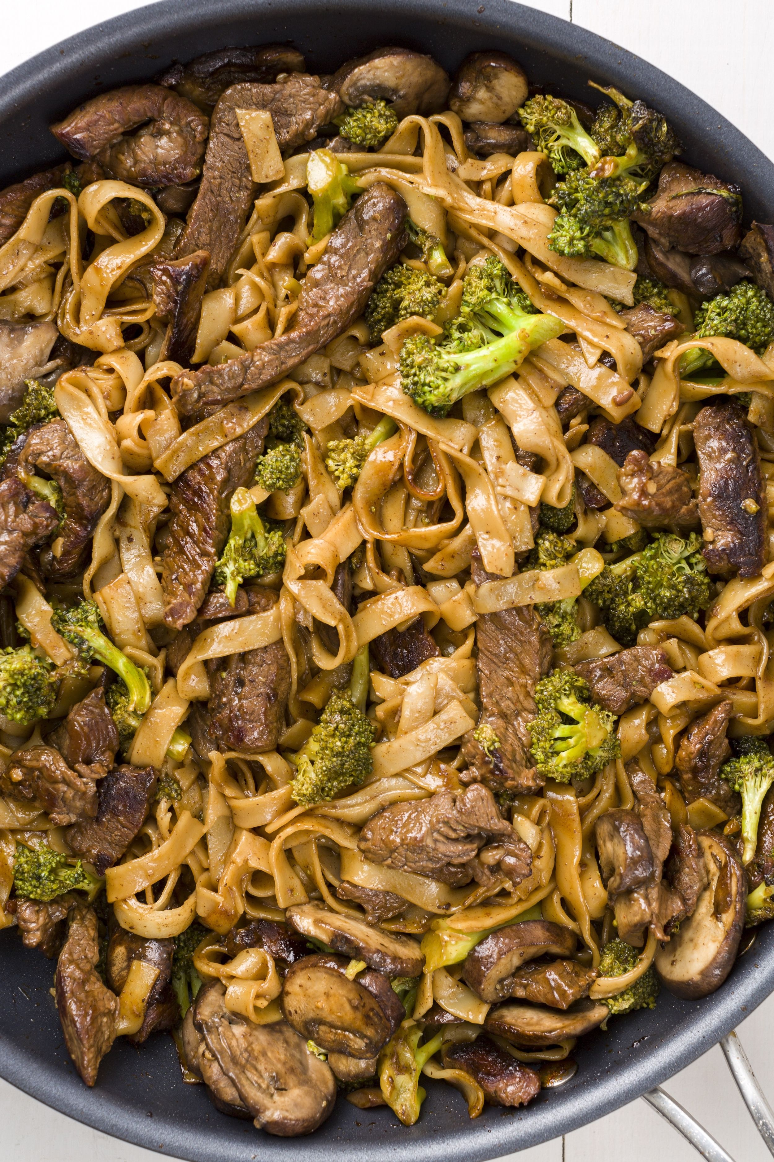 25 Bomba** Ways To Eat Asian Noodles