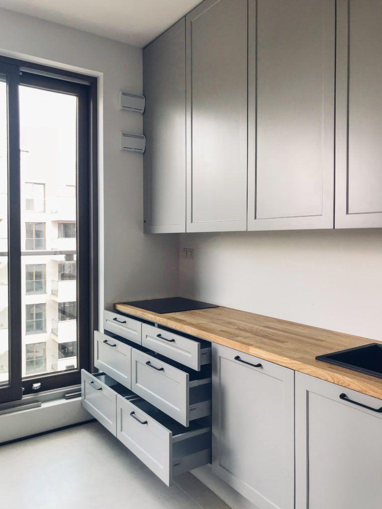Zabudowa Kuchenna Z Szafkami Do Sufitu Kitchen Buildings With