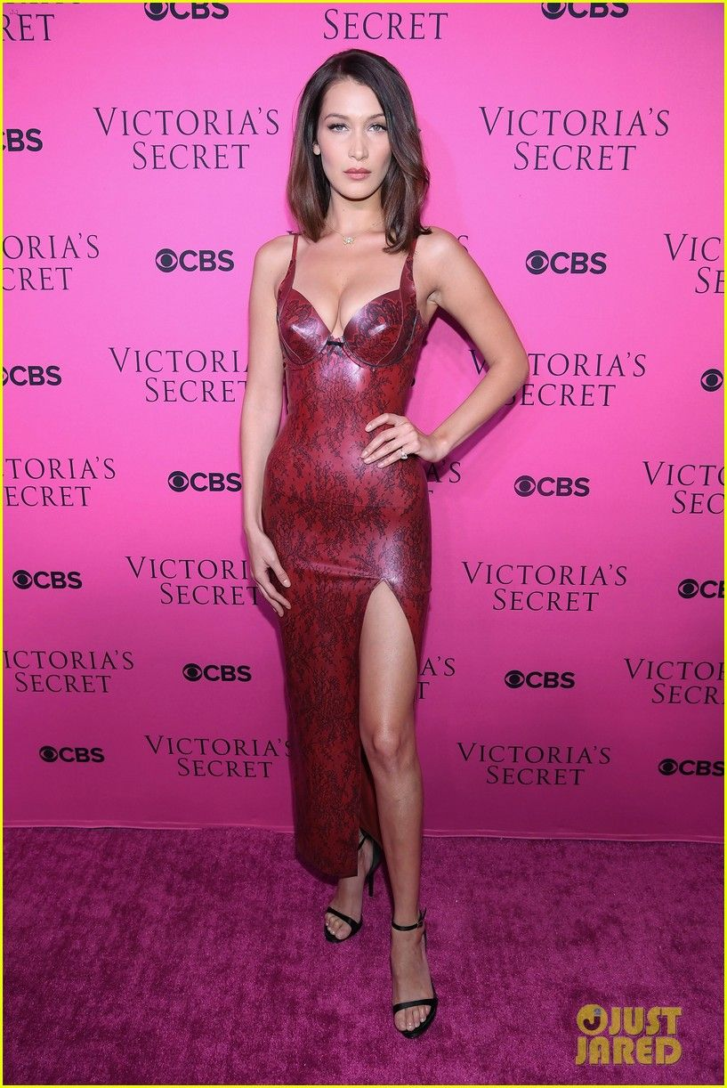 36016d0933b Bella Hadid Goes Sexy in Skin-Tight Dress for VS Fashion Show Viewing Party