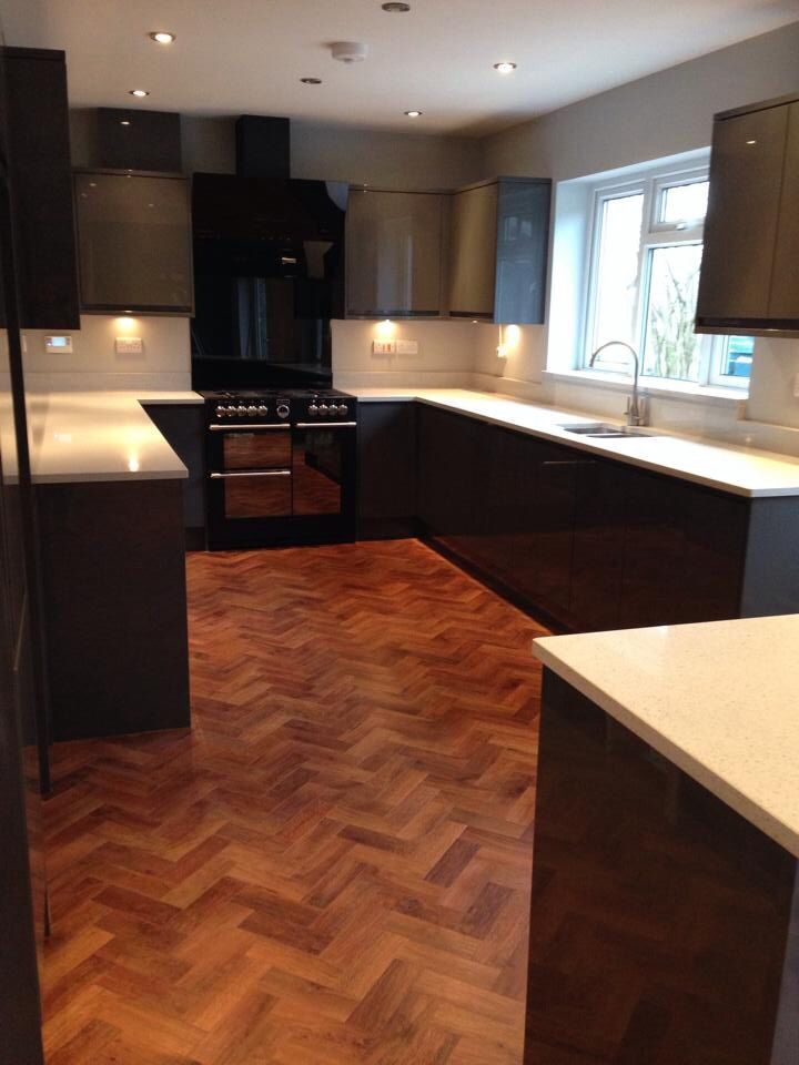 Topfit client kitchen in Worcestershire show casing