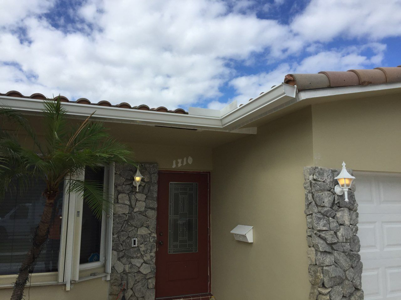 Are your gutters in need of a good cleaning? We can help! Contact us today!   www.theaffordablegutters.com  #TheAffordableGutters #GutterCleaning #CleanedGutters #GutterServices #GutterRepair #DelrayBeach #Delray #SouthFlorida #Pompano #MiamiDade #Broward #WestPalmBeach #HomeOwners #Realtors #RealEstate